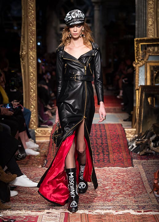 moschino-fall-2016-winter-2017-collection-latest-runway-fashion-show-dresses (1)-black-leather