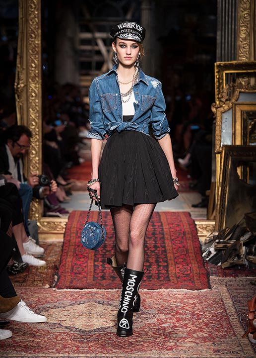 moschino-fall-2016-winter-2017-collection-latest-runway-fashion-show-dresses (15)-denim-jacket
