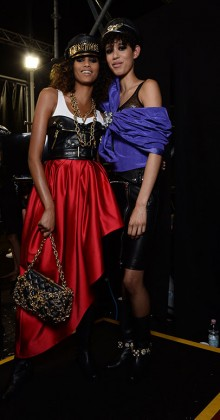 moschino-fall-2016-winter-2017-collection-latest-runway-fashion-show-dresses (52)-backstage
