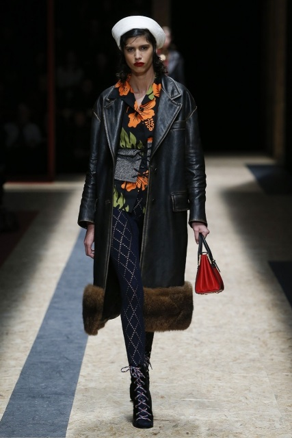 prada-fall-2016-winter-2017-latest-fashion-collection-outfits (8)