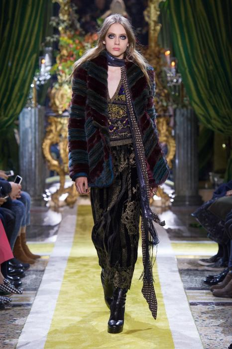 roberto-cavalli-fall-2016-winter-2017-womens-fashion-collection (23)