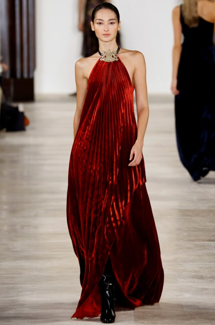 best-top-latest-looks-new-york-fashion-week-fall-2016-ready-to-wear-ralph-lauren-red-pleated-halter-maxi