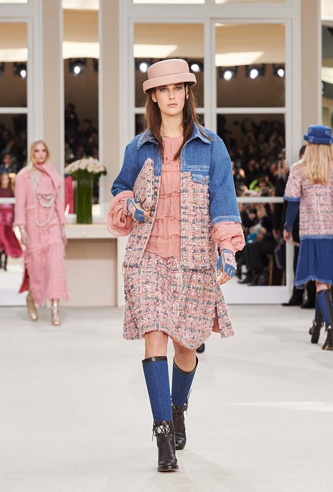 chanel-fall-winter-2016-collection-rtw-ready-to-wear-dresses (12)-fw16-blue-rose-outfit