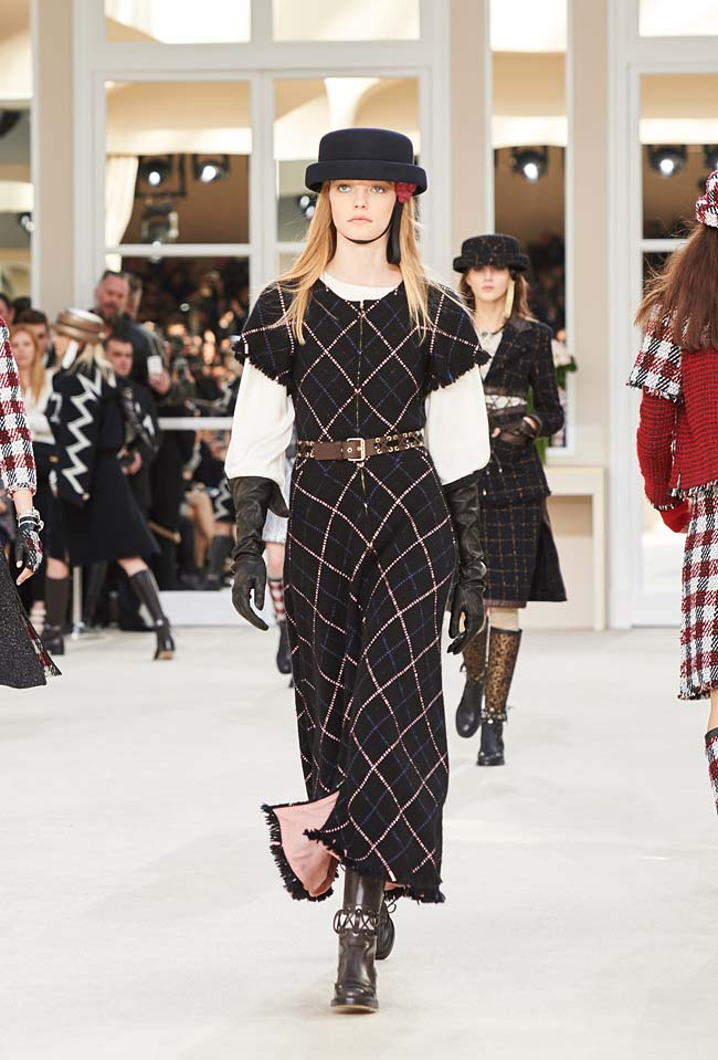 chanel-fall-winter-2016-collection-rtw-ready-to-wear-dresses (27)