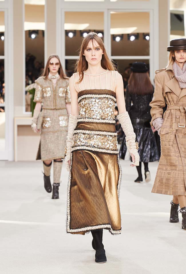 chanel-fall-winter-2016-collection-rtw-ready-to-wear-dresses (68)-burnished-gold0skirt