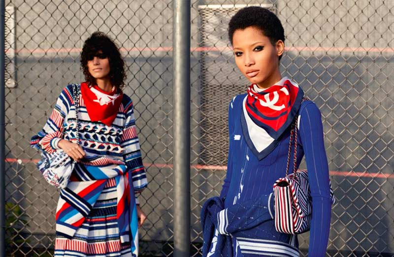 chanel_spring-summer-2016-ready-to-wear-looks-dresses-outfits-scarf-logo-red-blue