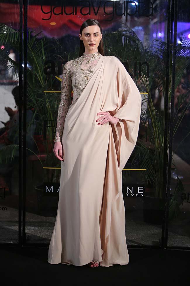 gaurav-gupta-aw16-autumn-winter-2016-aifw-dress-collection (3)-ash-saree-gown-beige-cream-blouse