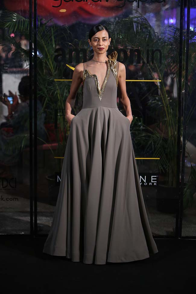 gaurav-gupta-aw16-autumn-winter-2016-aifw-dress-collection (4)-grey-melt-gown-embroidery-indian-western