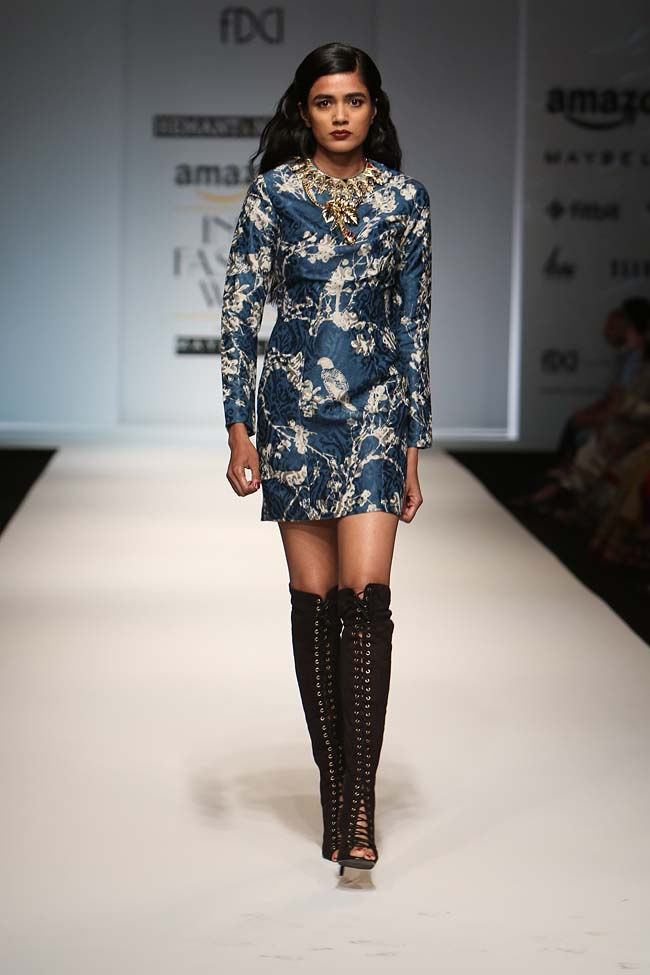 hemant-nandita-aw16-aifw-autum-winter-2016-dress (11)-mini-blue-slik-cut-out-boots