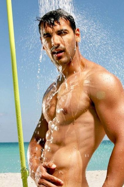 john-abraham-top-bollywood-actor-best-hero-six-6-pack-abs-movie-indian-hd-dostana