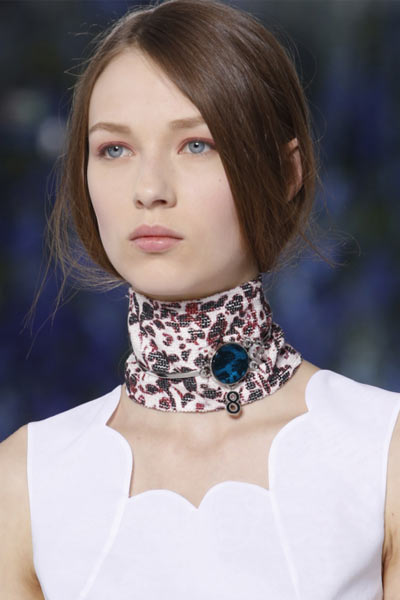-latest-spring-summer-2016-jewelry-trends-ss16-dior-rtw-victorian