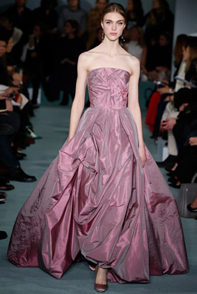 oscar-de-la-renta-pink-gown-fashion-week-show-fw16-rtw-fall-winter-dress