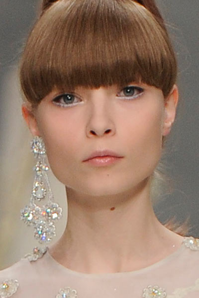 top-latest-spring-summer-2016-jewelry-trends-ss16-guo-pei-single-earring-large
