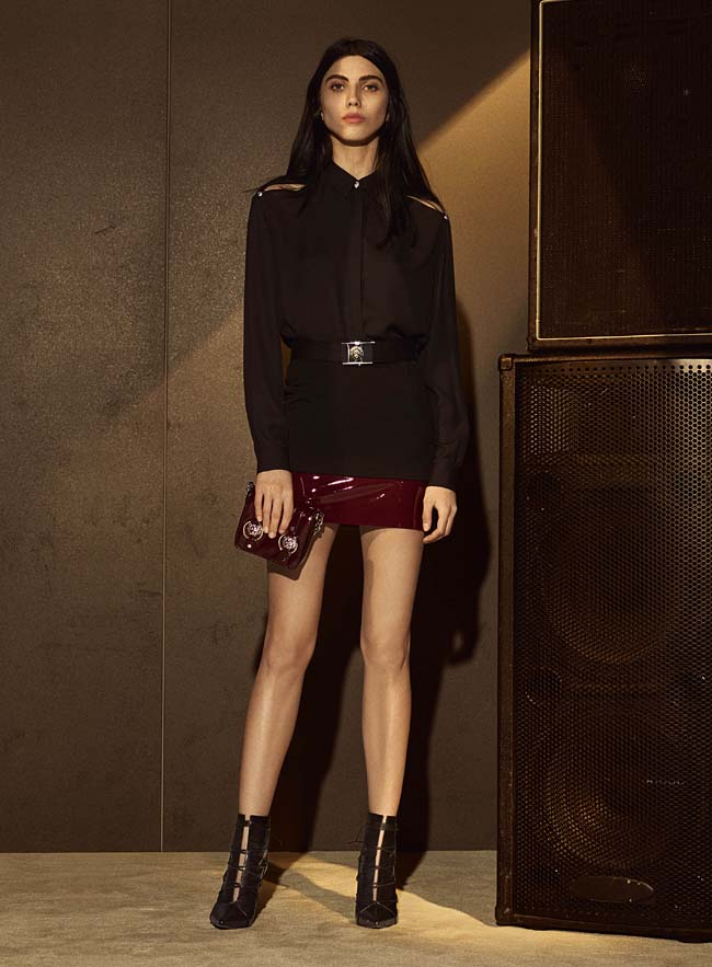 versus-versace-fw16-latest-collection-fashion-fall-winter-2016-outfit (9)-brown-shorts