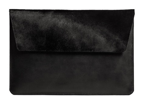 women-tech-fashion-brand-accessories-designer-collection-fancy-gift-items-stuudio-nahk-black-velvet-laptop-cover