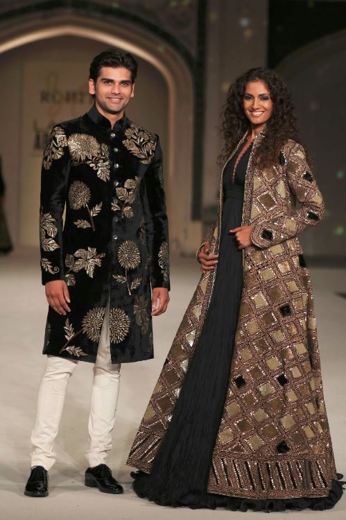3-Sheetal-Malhar-rohit-bal-dress-indian-gown-black-lakme-fashion-week-show-spring-summer-2016-indowestern