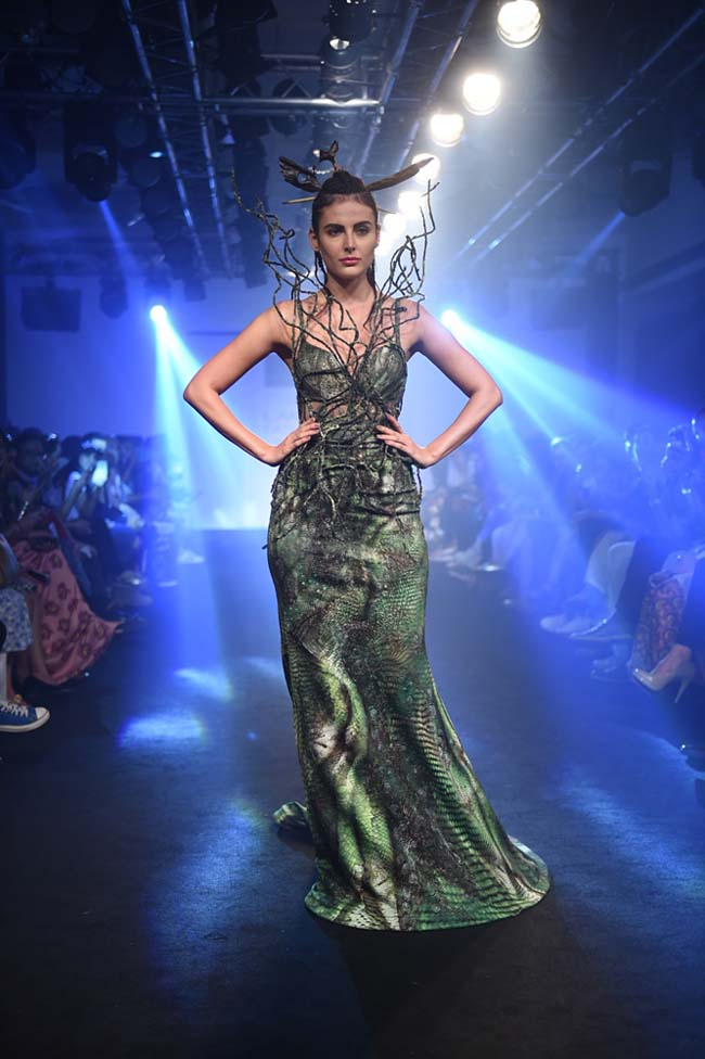 Asa-Kazingmei-Mandana-Karimi-lakme-fashion-week-spring-summer-2016-couture-collection-indian-gown-designs-best