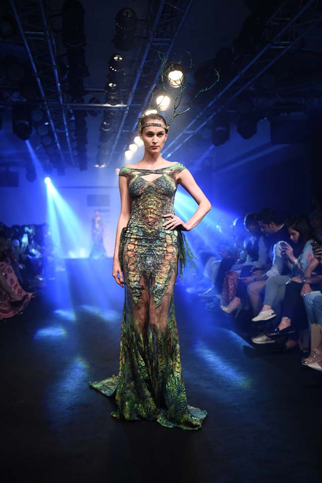 Asa-Kazingmei-lakme-fashion-week-spring-summer-2016-couture-collection-dress