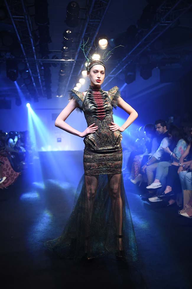 Asa-Kazingmei-lakme-fashion-week-spring-summer-2016-couture-collection-indian-gown-designs-sheer