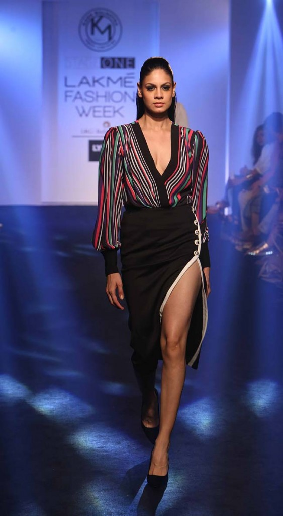 Karn-Malhotra-LFW-SR-summer-resort-2016-lakme-fashion-week-dresses-western-colorblock-slit-skirt
