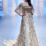 Showstopper model Ujjwala Raut walks for Shriya Som at LFW SR 2016