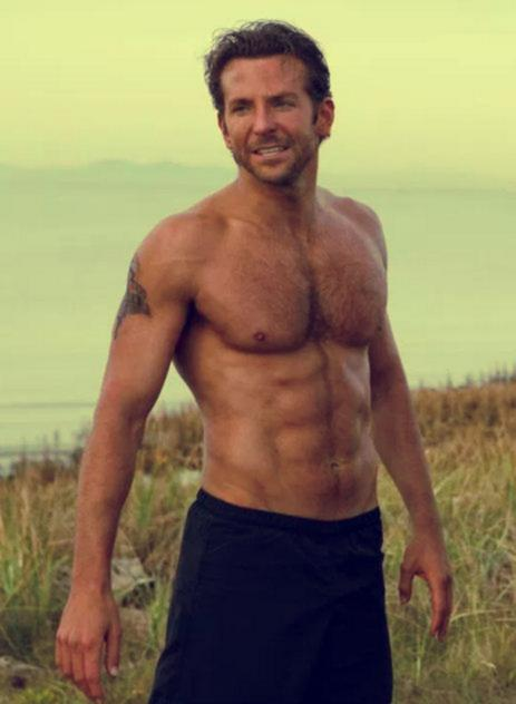 bradley-cooper-best-hollyood-actor-celebrity-six-packs-6pack-topless-hot-male-hottest-abs-forest