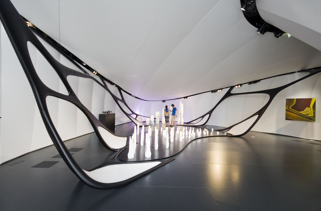 chanel-mobile-art-pavilion-zaha-hadid-architect-interior-karl-lagerfeld