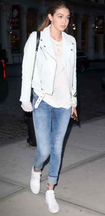 gigi-hadid-street-style-summer-2016-crop-washed-jeans-latest-trends-jeans-fashion