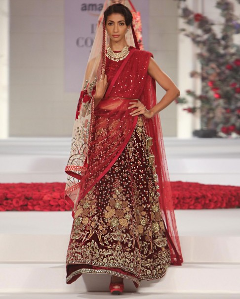 indian-bridal-wedding-lehengas-latest-designs-red-maroon-gold-embroidery-choli-top-designer-vaun-bahl