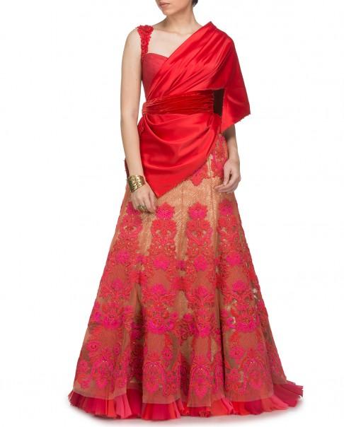 indian-bridal-wedding-lehengas-latest-designs-tarun tahiliani-concept-gown-lehenga-pink-gold
