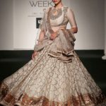indian-engagement-party-dresses-gown-jayanti-reddy-white-aditi-rao-hydari-showstopper-lehenga-outfit-2016