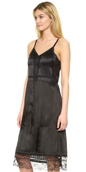 marc-jacobs-black-lace-slip-dress-ss16-collection-latest-summer-2016-fashion-trend