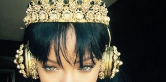 rihanna-dolce-headphones-ring-earphones-gabbana-designer-tech-accessories