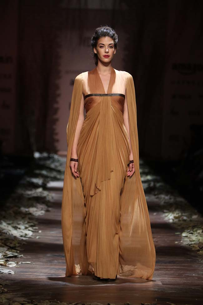 Best indian gowns by shantanu nikhil winter 2016 collection for Amazon designer wedding dresses