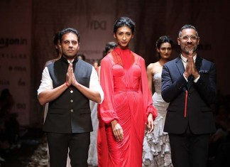 shantanu-nikhil-aw16-dress-aifw-amazon-india-fashion-week-2016-autumn-winter gown (4)-red-finale