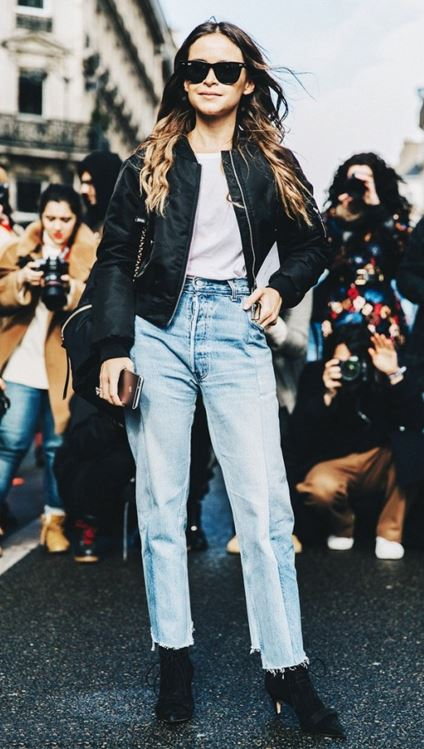 street-style-summer-2016-crop-high-waist-boyfriend-jeans-latest-trends-how-to-wear