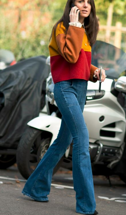 street-style-summer-2016-flared-70s-jeans-latest-trends-how-to-wear-1