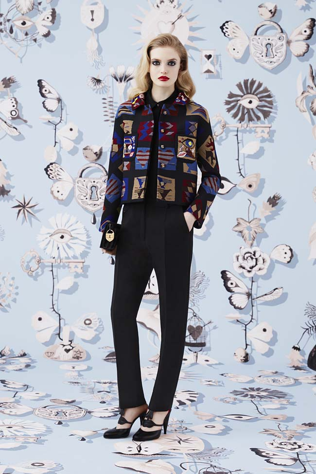 Schiaparelli_Fall-2016_winter-2017-outfit-look-collection-black (13)-jacket-trousers