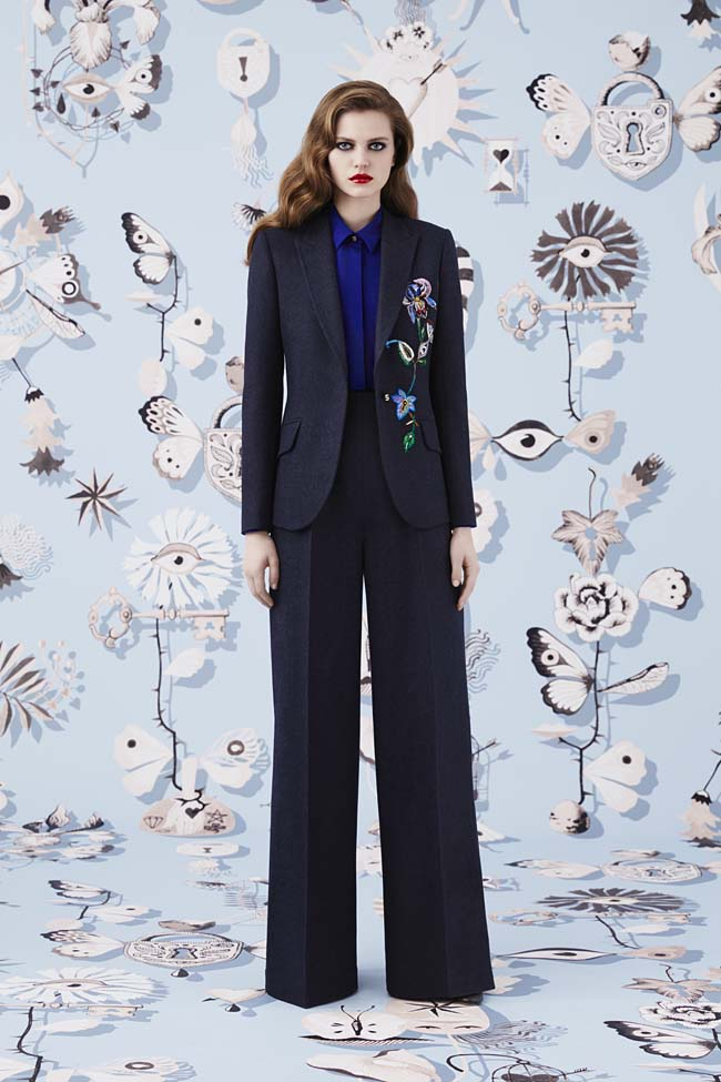 Schiaparelli_Fall-2016_winter-2017-outfit-look-collection-black (5)-flared-pants-blazer
