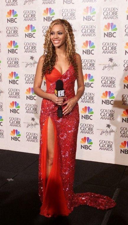 Hourglass dress 2017