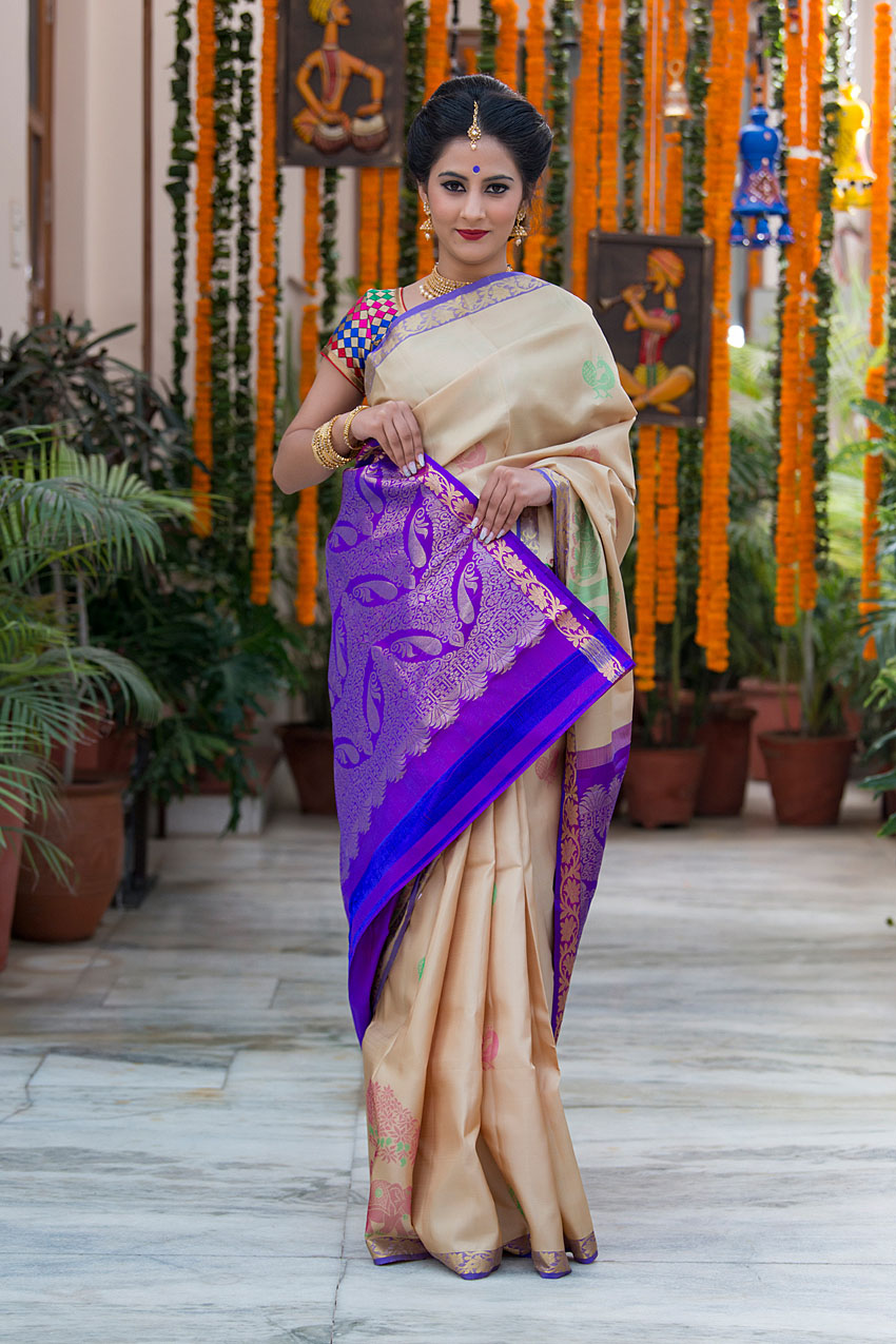 bharatsthali-types-of-silk-sarees-indian-ethnic-wear-fashion-style (7)-Soft Silk