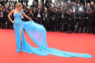 blake-lively-cannes-film-festival-2016-celeb-style-red-carpet-blue-slit-gown