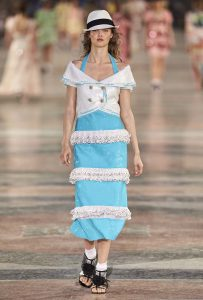 chanel-cruise-collection-fashion-show-2016-16-colorful-dresses-outfit (79)-blue