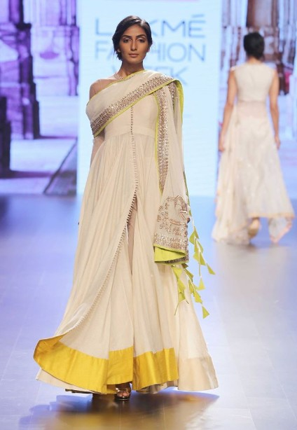 latest-indian-suit-trends-designs-anushree-reddy-2016-cream-slit-chooridar
