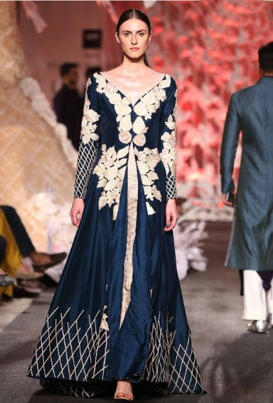 latest-indian-suit-trends-designs-manish-malhothra-2016-navy-blue-embroidery-front-slit