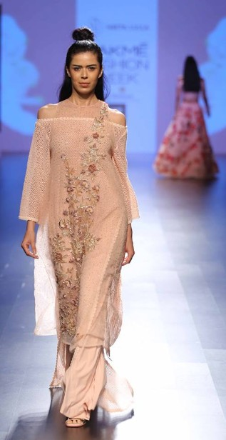 latest-indian-suit-trends-designs-neeta-lulla-2016-cream-netted-off-shoulder