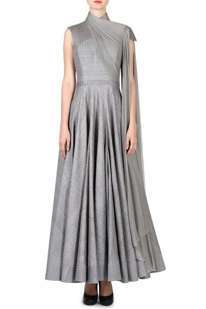 latest-indian-suit-trends-designs-shantanu-nikhil-2016--gray-floor-lenth-draped-dupatta