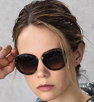 latest-womens-sunglasses-trends-fall-2016-designs-Armani-Oval