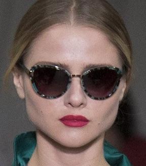 latest-womens-sunglasses-trends-fall-2016-designs-Oscar de la Renta-cateye