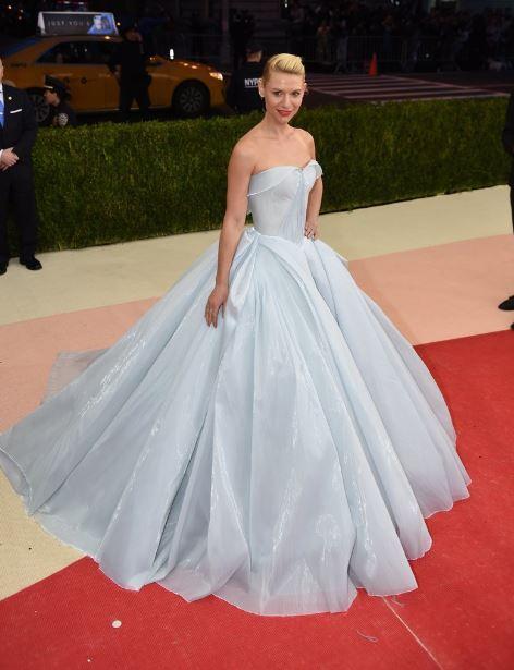 met-gala-2016-best-dresses-top-celebrity-fashion-dress-claire-danes-zac-posen-down-red-carpet